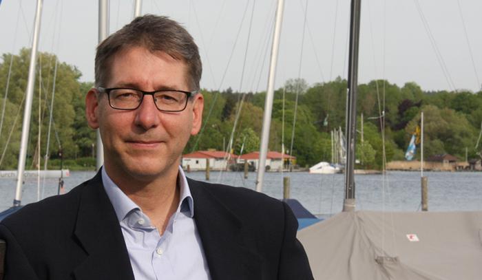 Dr. Martin Kapitza